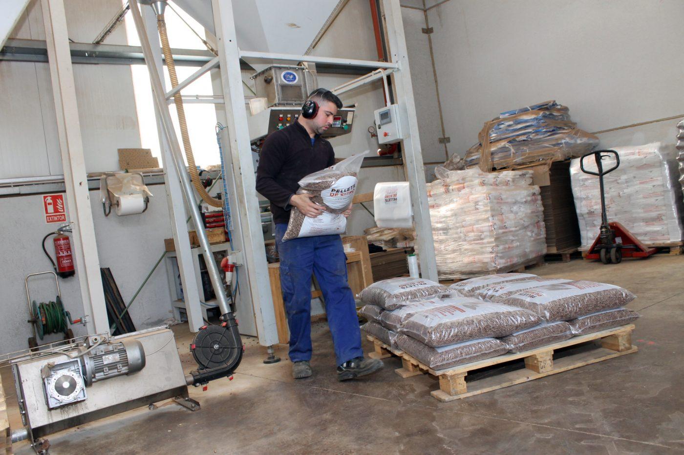 El sector de la biomasa sigue trabajando para llevar la energía a la población