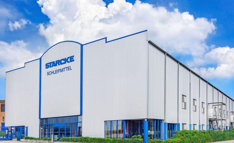 STARCKE ofrece abrasivos para los barnizadores de suelos de madera
