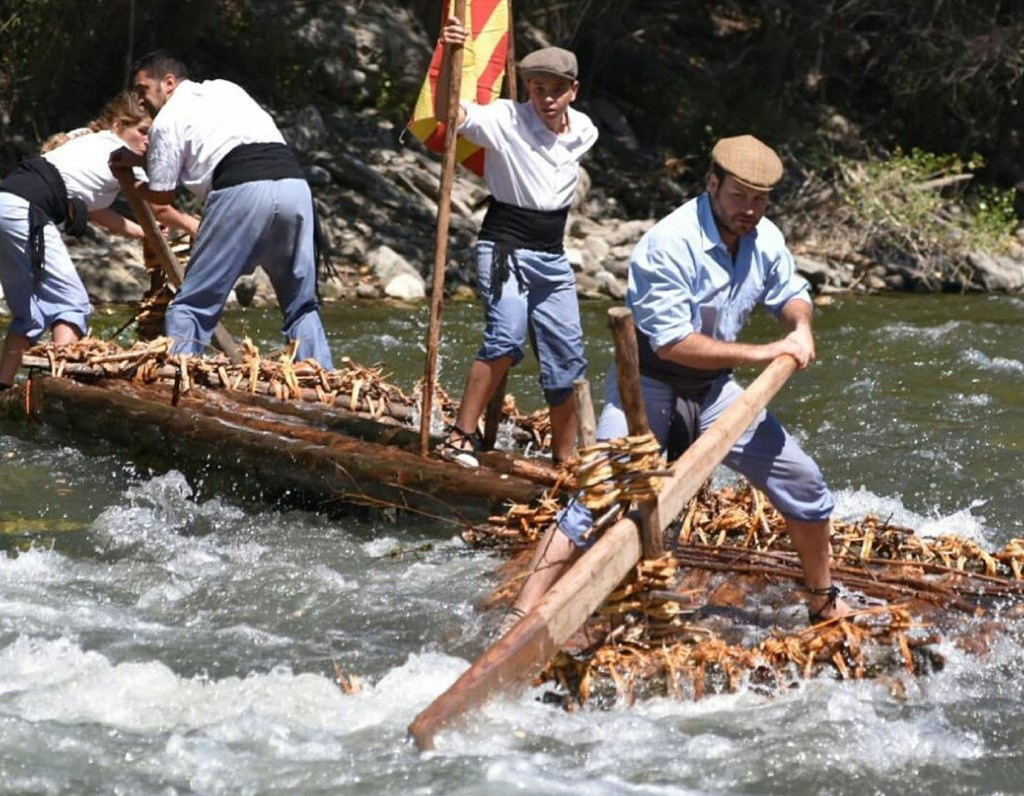 El transporte fluvial de madera trabaja para ser Patrimonio Cultural Inmaterial de la Humanidad