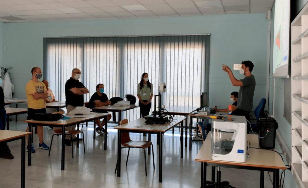 Finaliza el curso de impresión 3D para docentes de madera y mueble