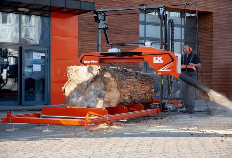 WOOD-MIZER presenta el aserradero para tablas LX250