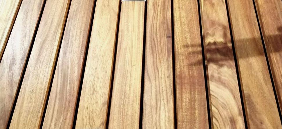 Descubre la tarima de madera de okán