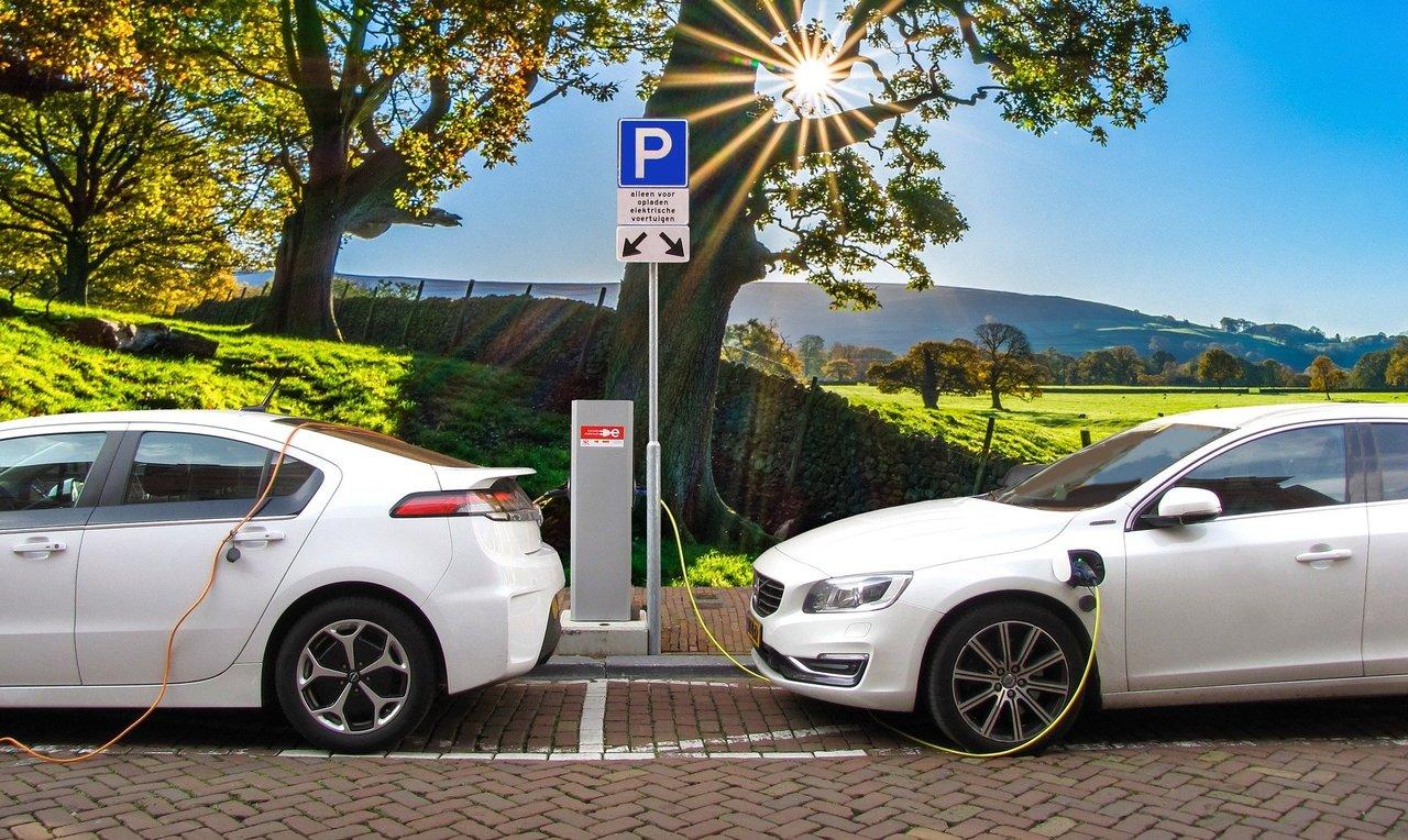 Hacia una movilidad más sostenible con los coches eléctricos
