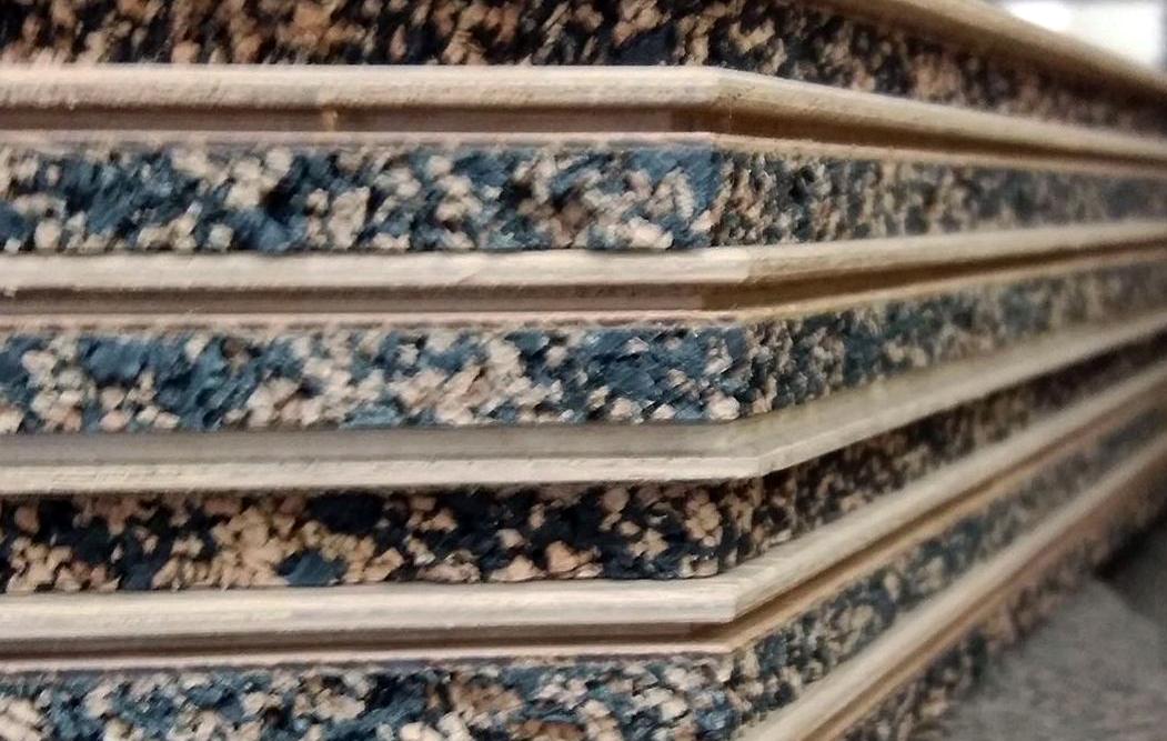 Membrana de corcho y caucho reciclado para los suelos de GIUNTATI