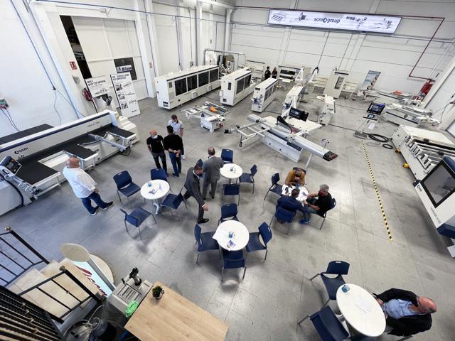 MILANO mantendrá un showroom permanente de maquinaria SCM