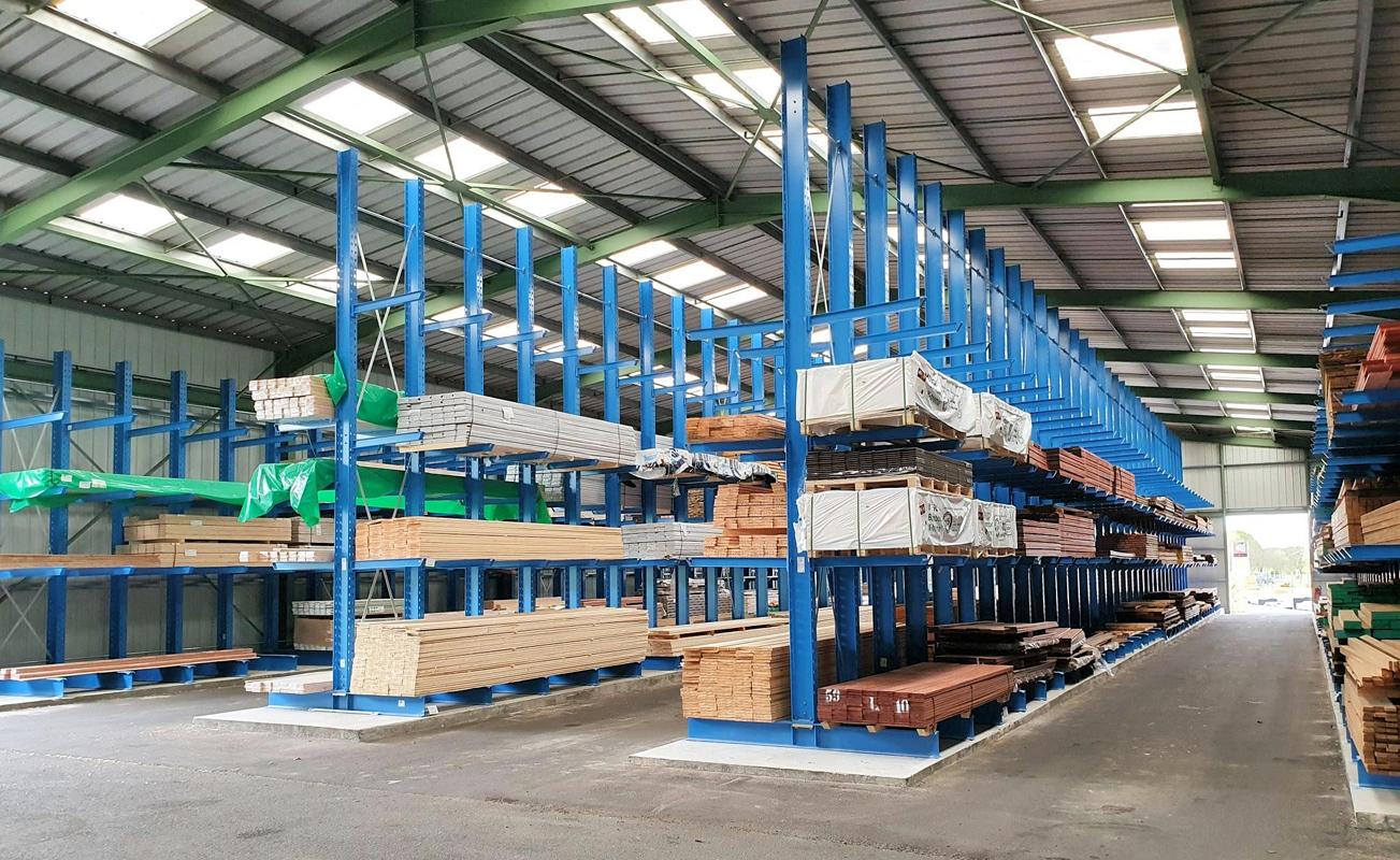 BOIS DU POITOU moderniza su almacén con estanterías de OHRA