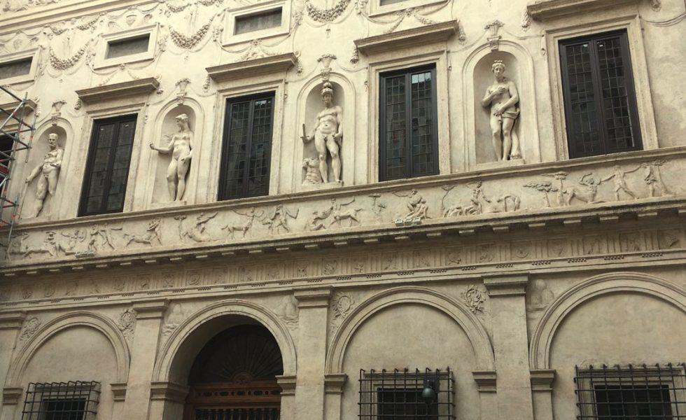 MILESI restaura las ventanas del Palazzo Spada de Roma